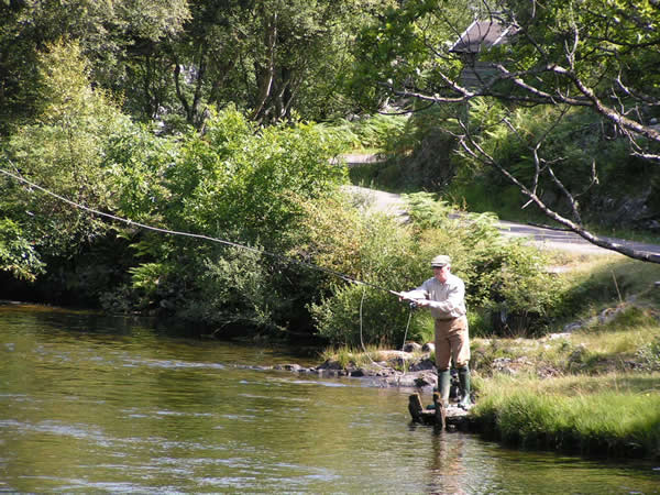 Fishing for salmon,Perthshire